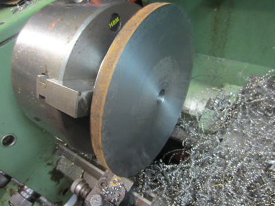 facing 200mm steel plate in lathe