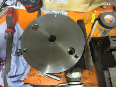 Rotary table chuck adapter plate